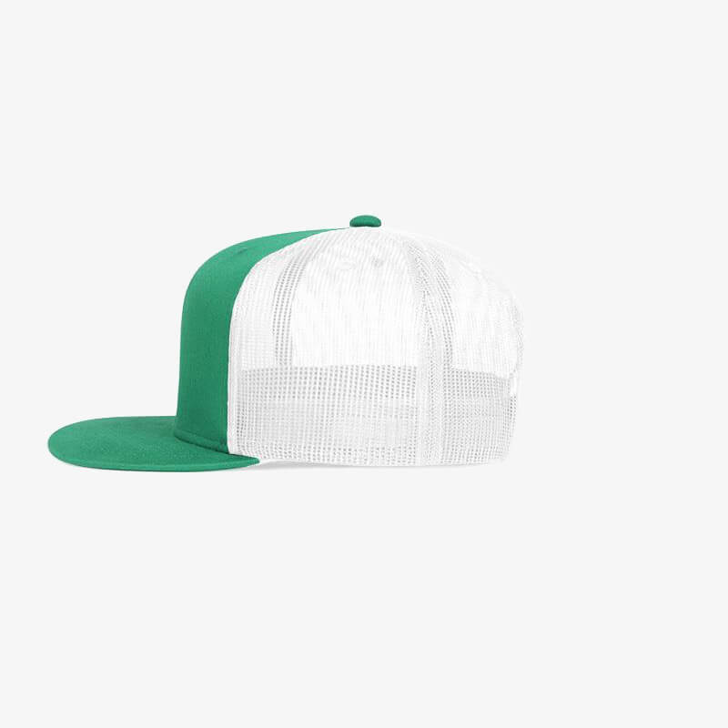 Boné aba reta em brim verde bandeira e tela branca - Lateral